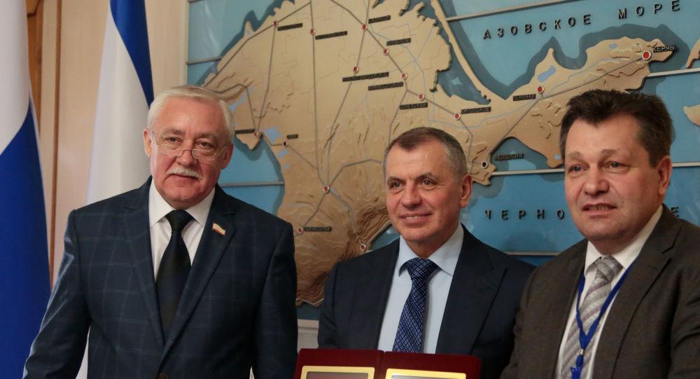 Juri Hempel, Andreas Maurer i przewodniczący Rady Państwa Republiki Krymu Władimir Konstantinow