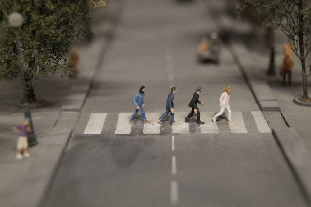 Makieta zespołu The Beatles na Abbey Road.
