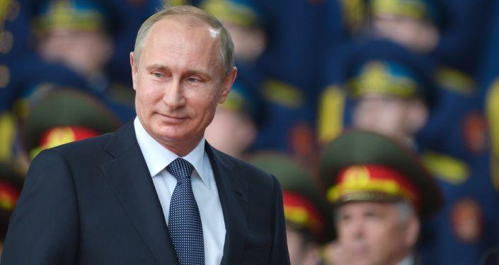 Prezydent Rosji Władimir Putin na ceremonii inauguracji międzynarodowego forum Armia 2015