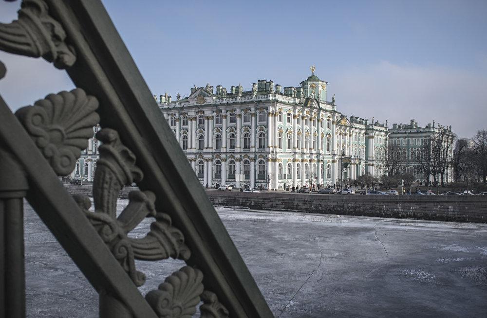 Pałac Zimowy w Petersburgu.