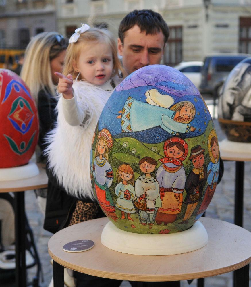 Festiwal pisanek na Placu Muzealnym we Lwowie