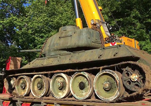 Czołg T-34-85 z kolekcji Mikka Lõhmusa