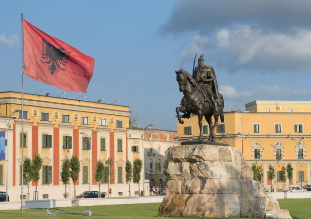 Plac Skanderbega w centrum Tirany, stolicy Albanii