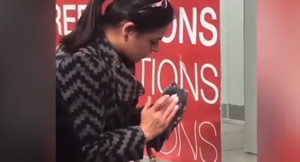 Mieszkanka Glasgow próbowała ożywić gołębia, robiąc mu sztuczne oddychanie