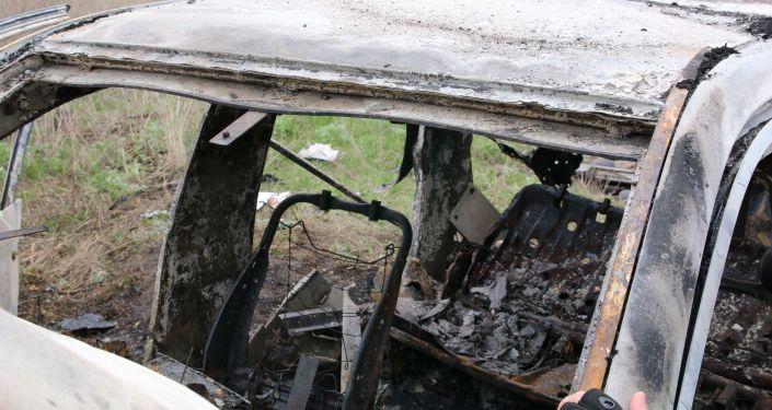 Miejsce, w którym wybuchła mina pod samochodem patrolu Specjalnej Misji Monitoringowej OBWE