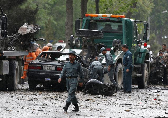 Policja na miejscu wybuchu w Kabulu