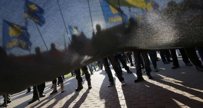 Zwolennicy nacjonalistycznej partii Swoboda na proteście w Kijowie