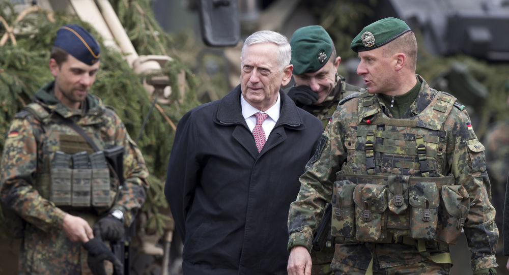 Szef Pentagonu James Mattis podczas wizyty na Litwie