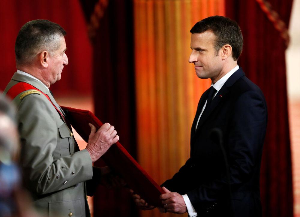 Zaprzysiężenie Emmanuela Macrona na ósmego prezydenta V Republiki.