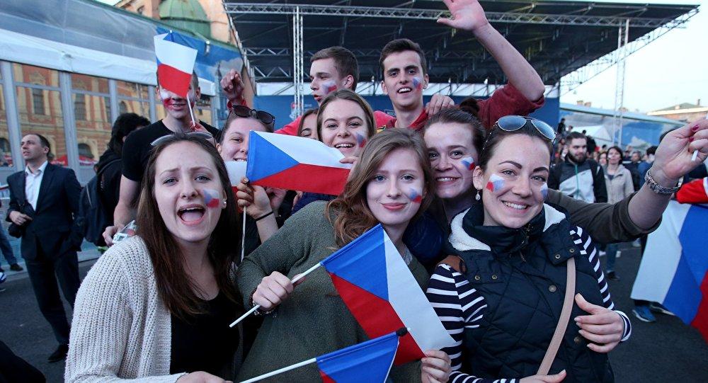 Kibice Czech podczas Mistrzostw świata w hokeju w Petersburgu