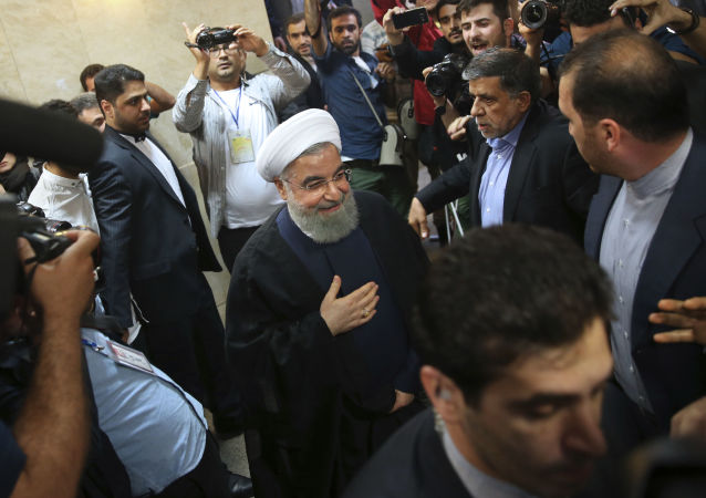 Hasan Rouhani w czasie rejestracji na kandydata w wyborach prezydenckich