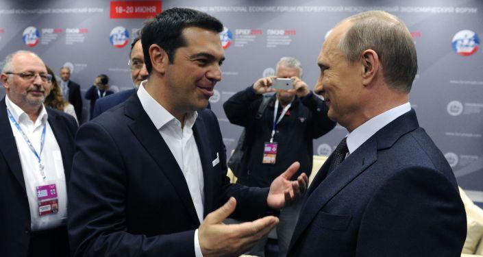 Premier Grecji Aleksis Tsipras i prezydent Rosji Władimir Putin na XIX Petersburskim Forum Gospodarczym