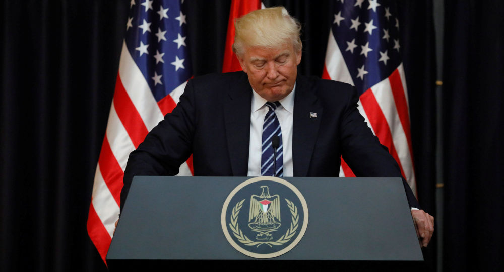 Prezydent USA Donald Trump podczas przemówienia z kondolencjami dla krewnych i bliskich ofiar eksplozji w brytyjskim Manchesterze