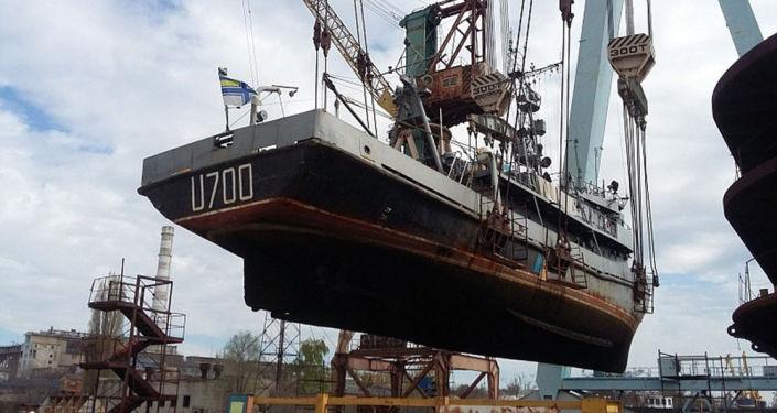 "Ukraiński okręt U700 ""Nietieszyn"