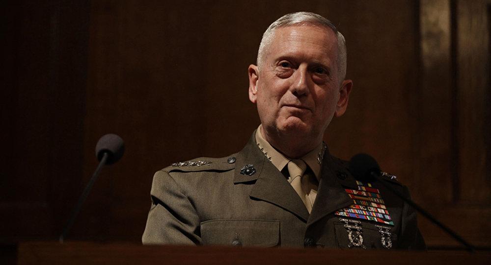 Sekretarz obrony USA James Mattis