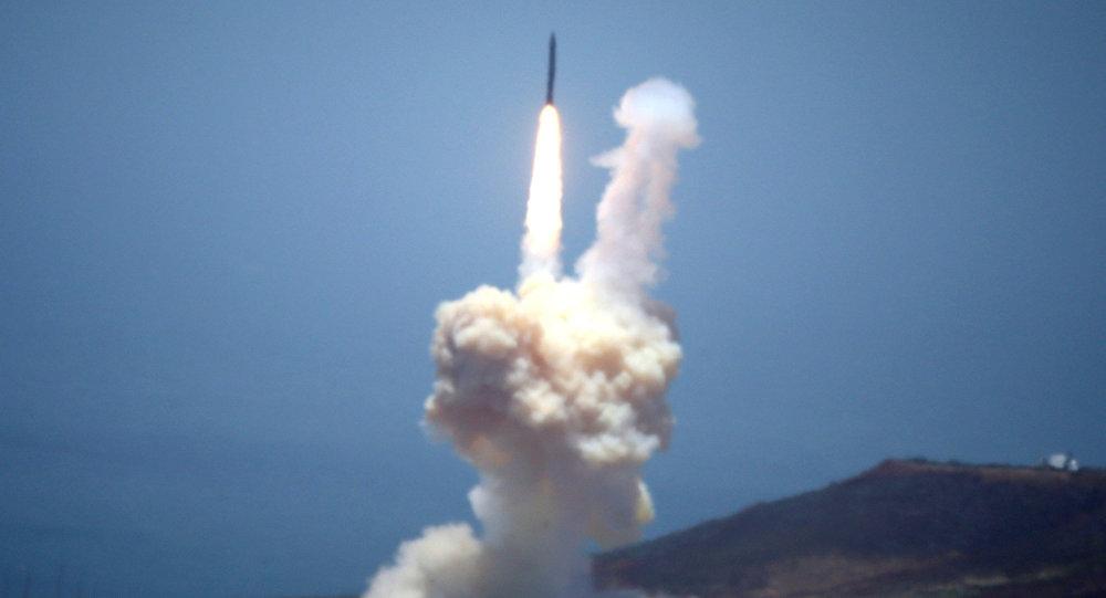We wtorek Pentagon testował część systemu wykorzystywaną do zestrzeliwania międzykontynentalnych pocisków balistycznych (ICBM) zdolnych do przenoszenia broni nuklearnej