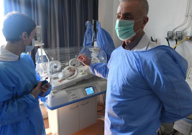 Z powodu sankcji w syryjskich szpitalach dotkliwie brakuje lekarstw
