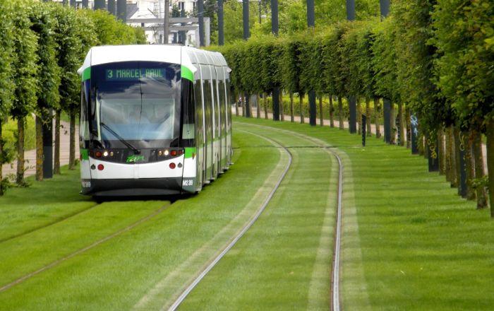 Tramwaj we francuskim mieście Nantes