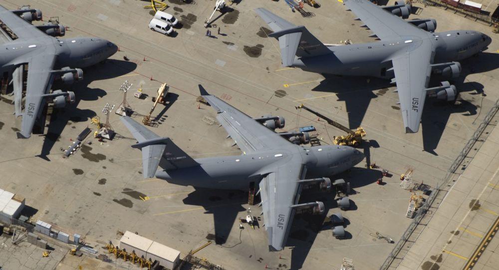 Samolot C-17 Sił Powietrznych USA