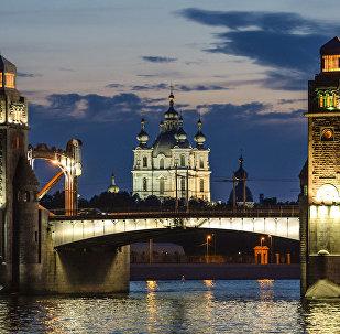 Petersburg, otwarcie mostów