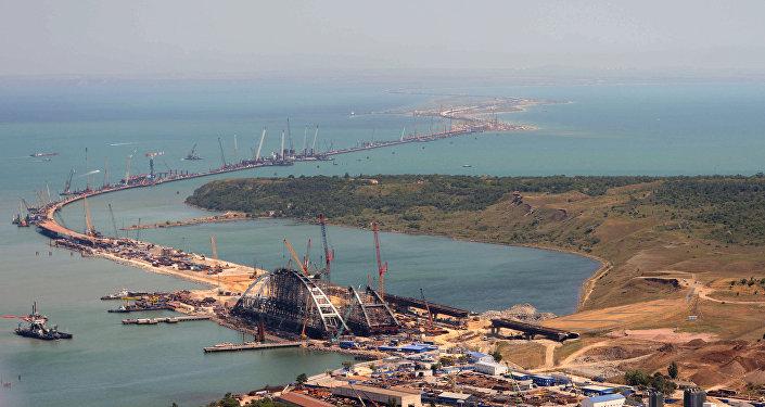 Budowa mostu na Krym trwa