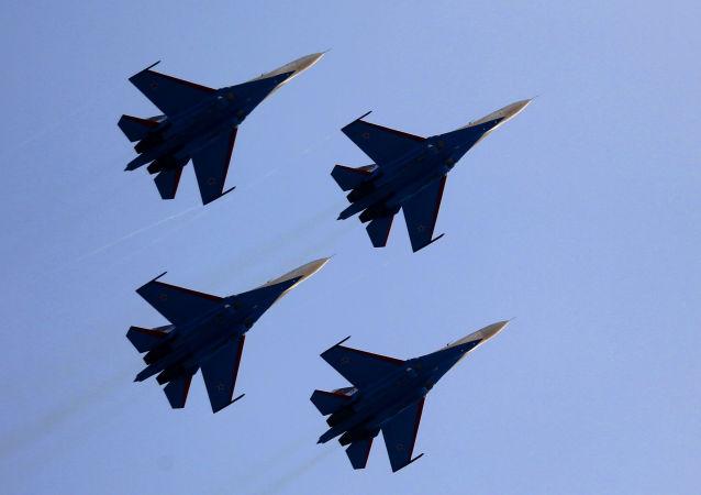 Samoloty przechwytujące Su-27