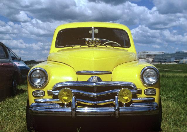 Legendarny samochód Pobieda: jeżdżący symbol radzieckiego życia