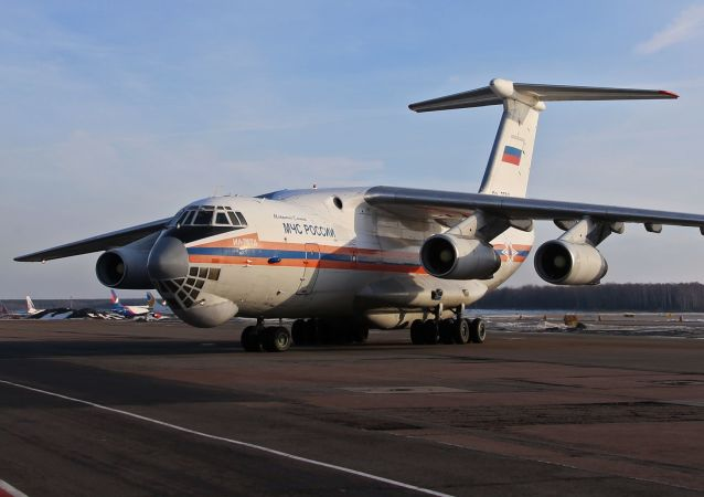 Samolot Ministerstwa Sytuacji Nadzwyczajnych Rosji Ił-76TD. Zdjęcie archiwalne
