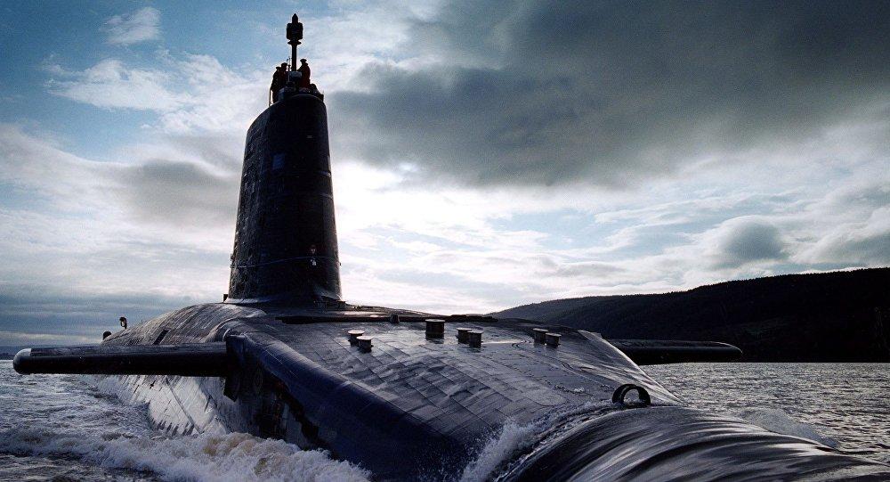 Brytyjski okręt podwodny HMS Victorious typu Vanguard