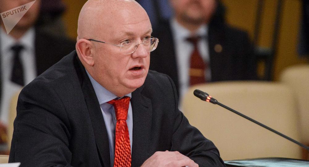 Wiceminister spraw zagranicznych Rosji Wasilij Nebenzja na posiedzeniu rady Zgromadzenia Parlamentarnego Organizacji Układu o Bezpieczeństwie Zbiorowym
