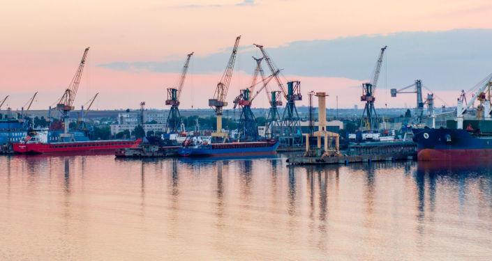 Port w Czarnomorsku