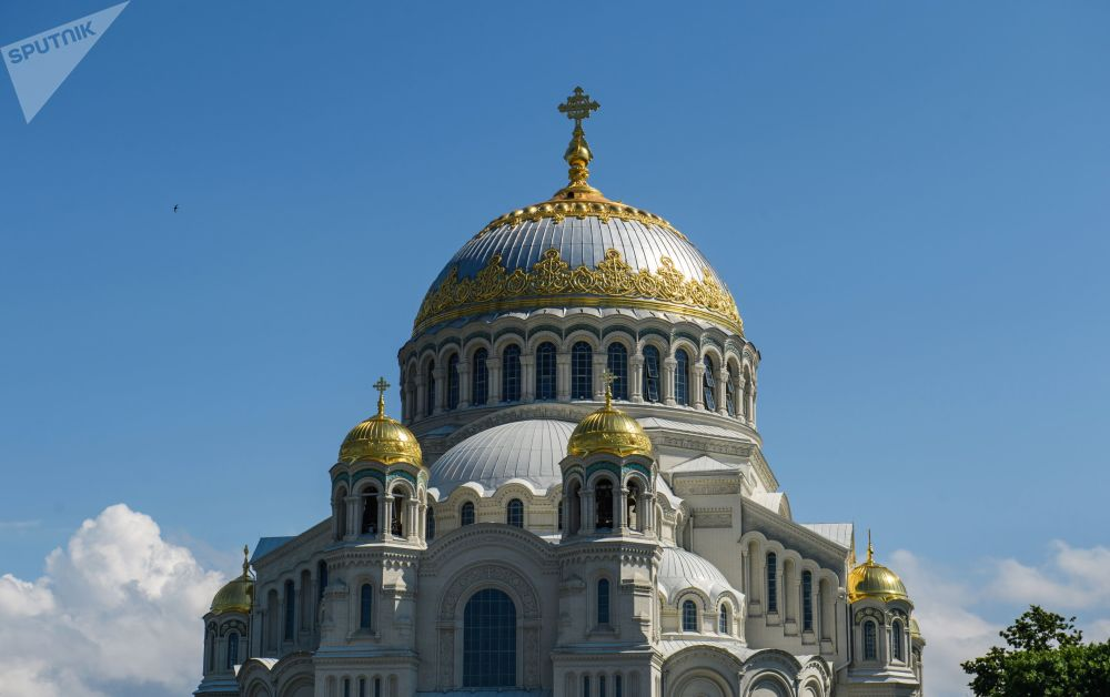 Sobór Morski św. Mikołaja w Kronsztadzie to największy z morskich soborów Rosyjskiego Imperium.