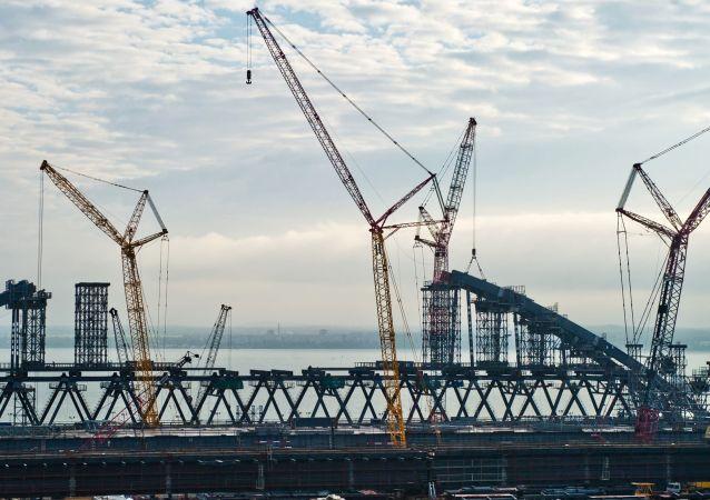 Budowa mostu przez Zatokę Kerczeńską na Krymie