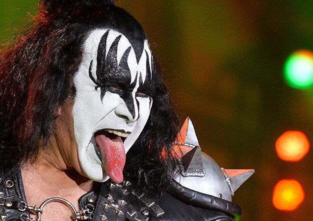 Frontman zespołu Kiss Gene Simmons.