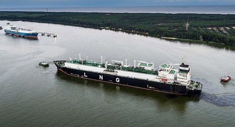 Statek z pierwszą partią skroplonego gazu z USA w porcie w Kłajpedzie
