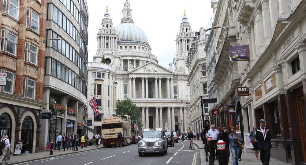 Widok na kościół św. Pawła w Londynie