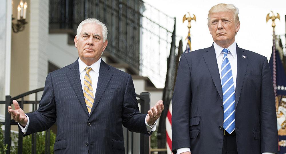 Prezydent USA Donald Trump i sekretarz stanu Rex Tillerson