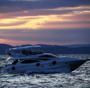 Jacht w Zatoce Amurskiej.