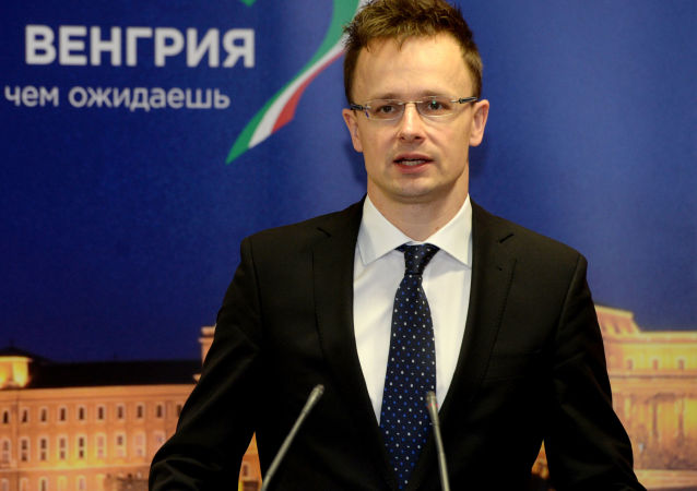 Szef MSZ Węgier Peter Szijjarto na otwarciu konsulatu generalnego Węgier w Kazaniu