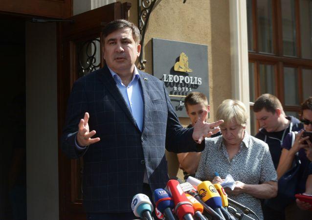 Były prezydent Gruzji, były gubernator obwodu odeskiego Michaił Saakaszwili podczas konferencji prasowej we Lwowie
