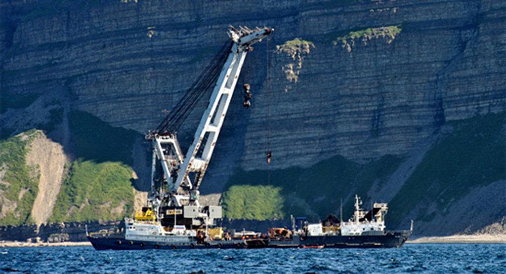 Pływający dźwig PK-7500