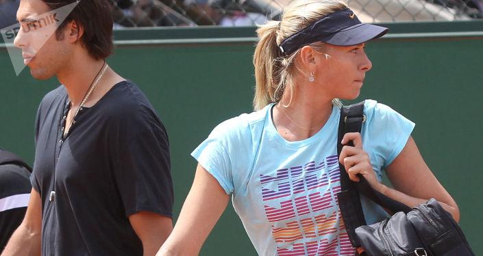 Rosyjska tenisistka Maria Szarapowa zdradziła, dlaczego zdecydowała się na odwołanie ślubu z koszykarzem Sašą Vujačiciem