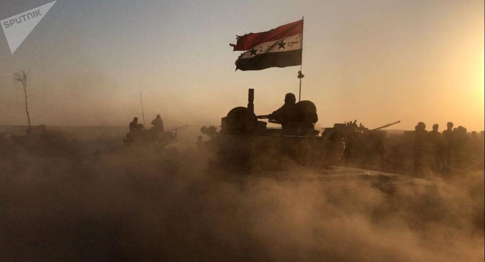 Czołgi syryjskiej armii na pozycjach w rejonie Dajr az-Zaur