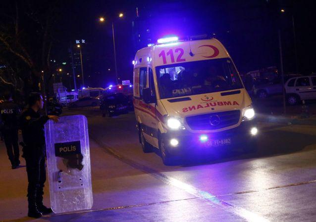 Karetka pogotowia w Ankarze
