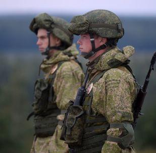 Wojskowi podczas wspólnych ćwiczeń strategicznych sił zbrojnych Republiki Białoruś i Federacji Rosyjskiej Zapad 2017