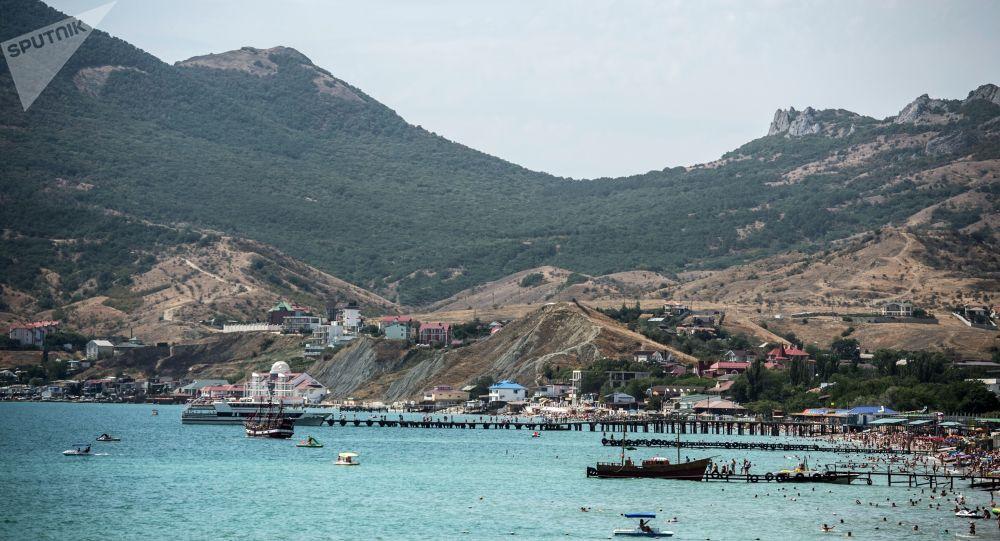 Wybrzeże Morza Czarnego w Koktebelu