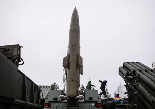 """Taktyczny system rakietowy """"Toczka"""""""