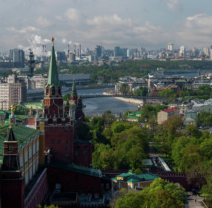 Widok na Kreml, park Aleksandrowski i Sobór Chrystusa Zbawiciela