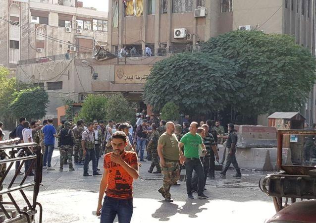 Skutki eksplozji w Damaszku 2 października 2017 roku