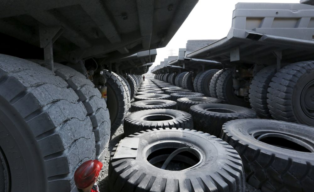 Wywrotki w kopalni złota Olimpiada na Wschodniej Syberii